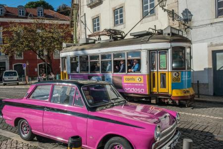 Lisbon, Colorful cars